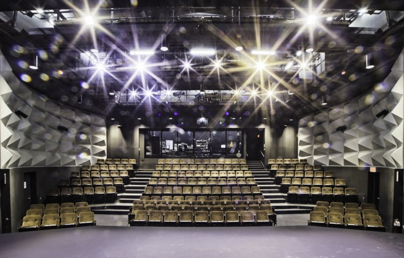 Theatre-College-Dawson-47-14-1-1024x654