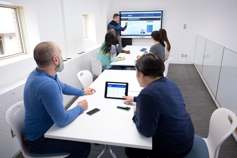 Collaboration room - mezzanine